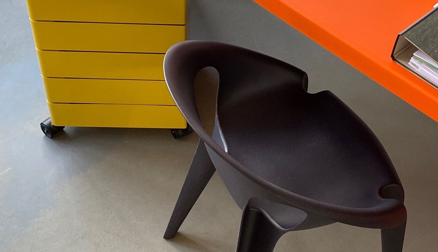 Eco Edition_Konstantin Grcic Design_Bell Chair_Sustainable architecture interiors products 9-min