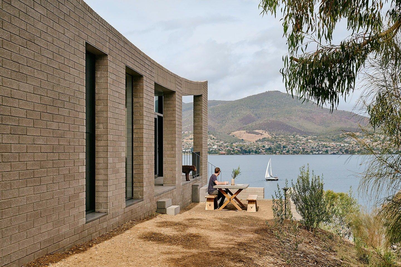 Eco Edition_Topology Studio_House at Otago Bay_architecture interiors 2-min