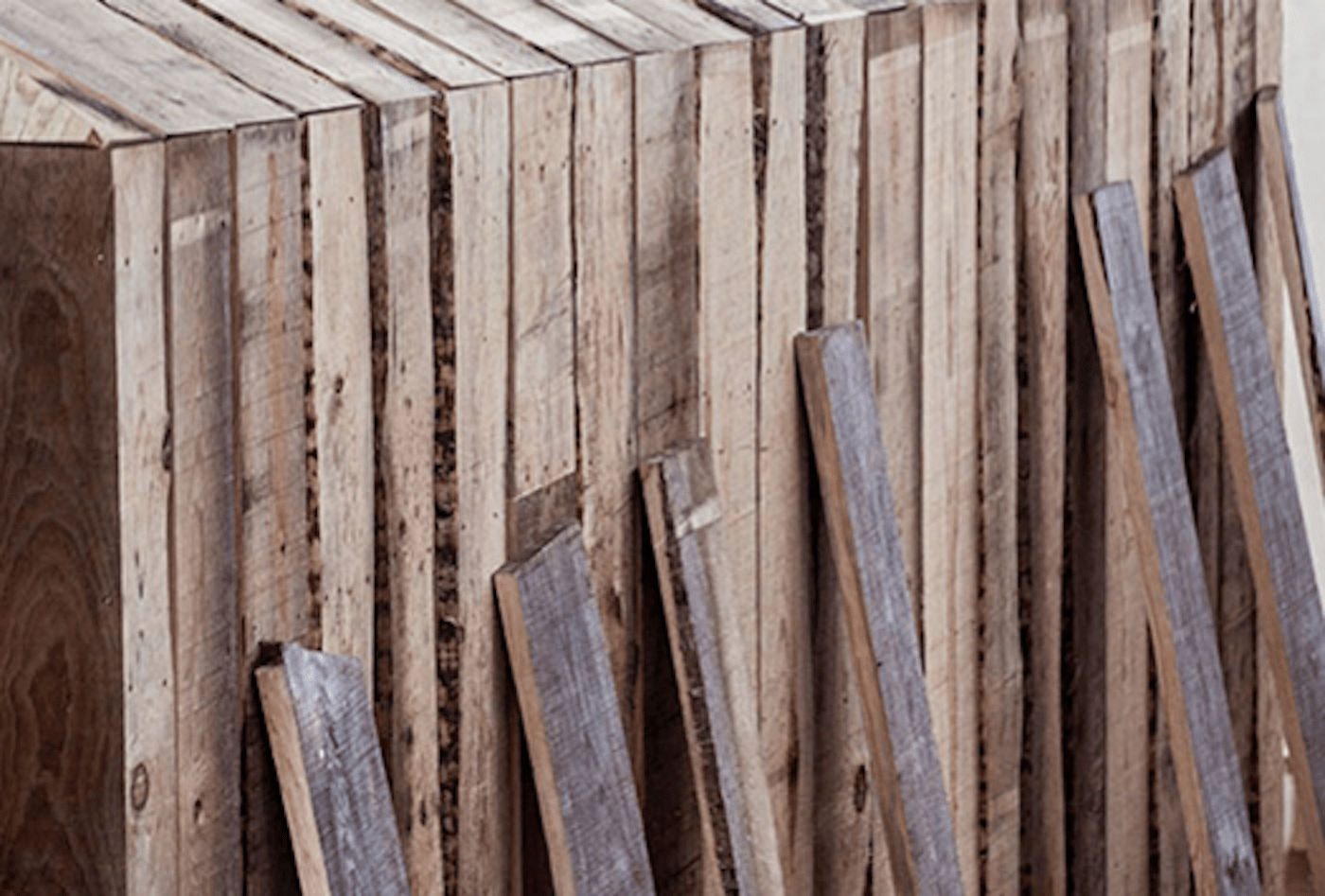 Recycled timber cabin with timber planks