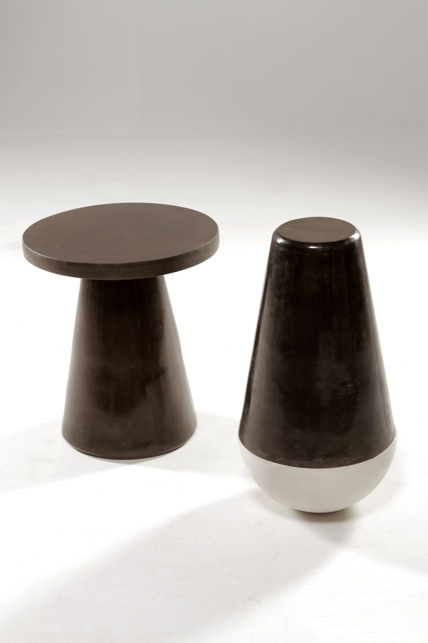 Biobased coffee table and stool coffee grounds