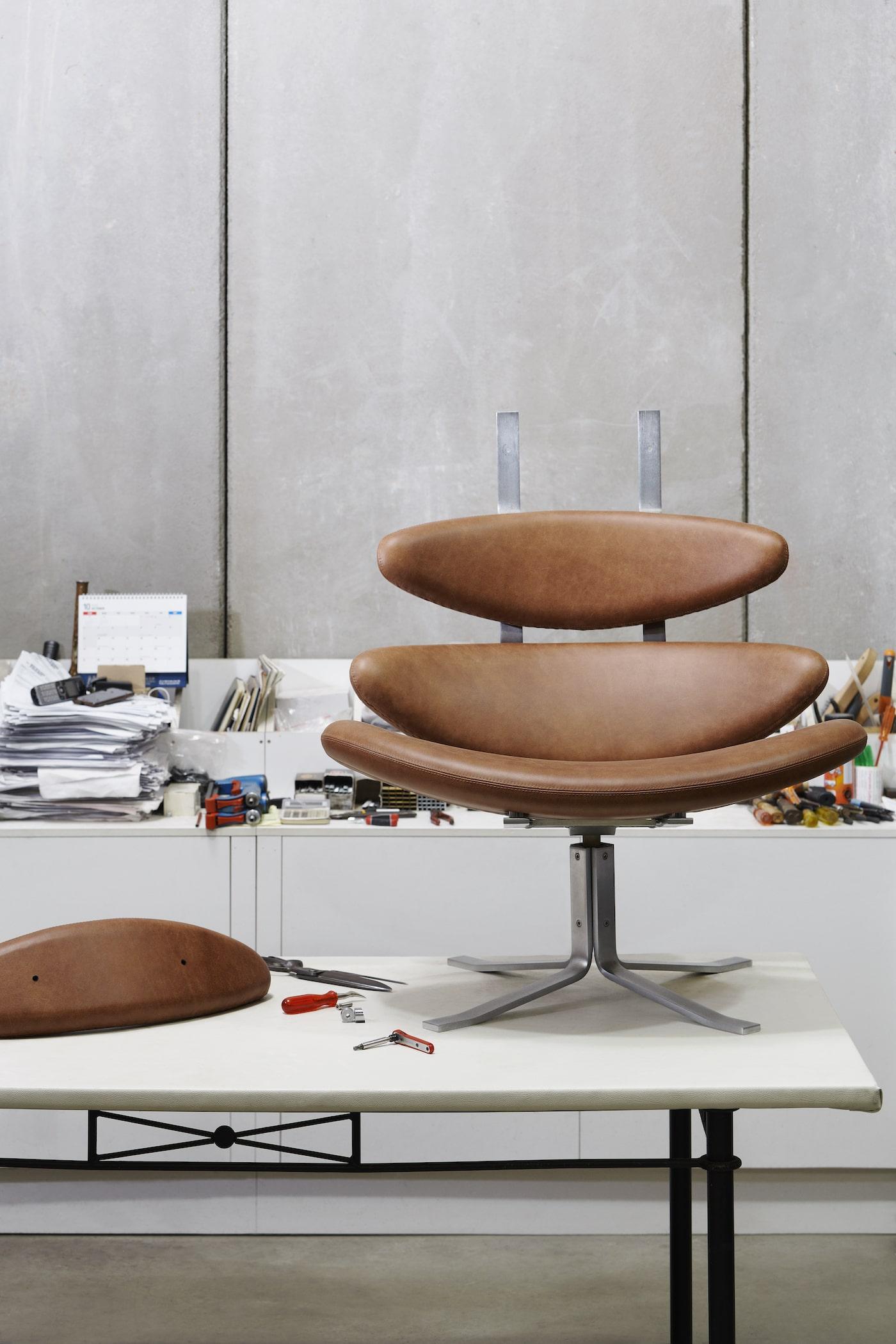 Original Erik Jorgensen Corona chair restoration
