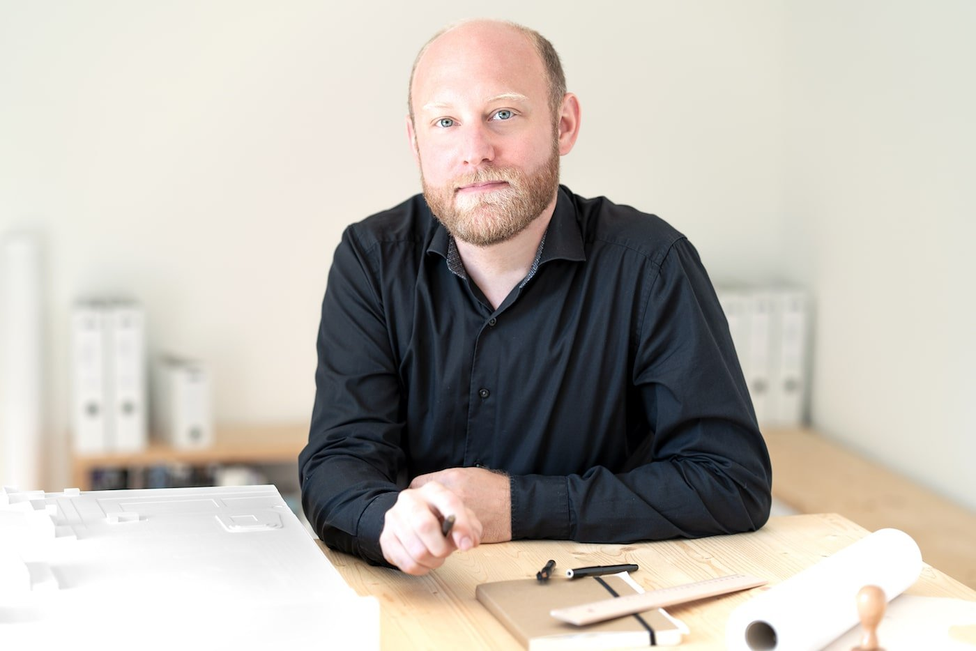 Lukas Maehr sitting at desk