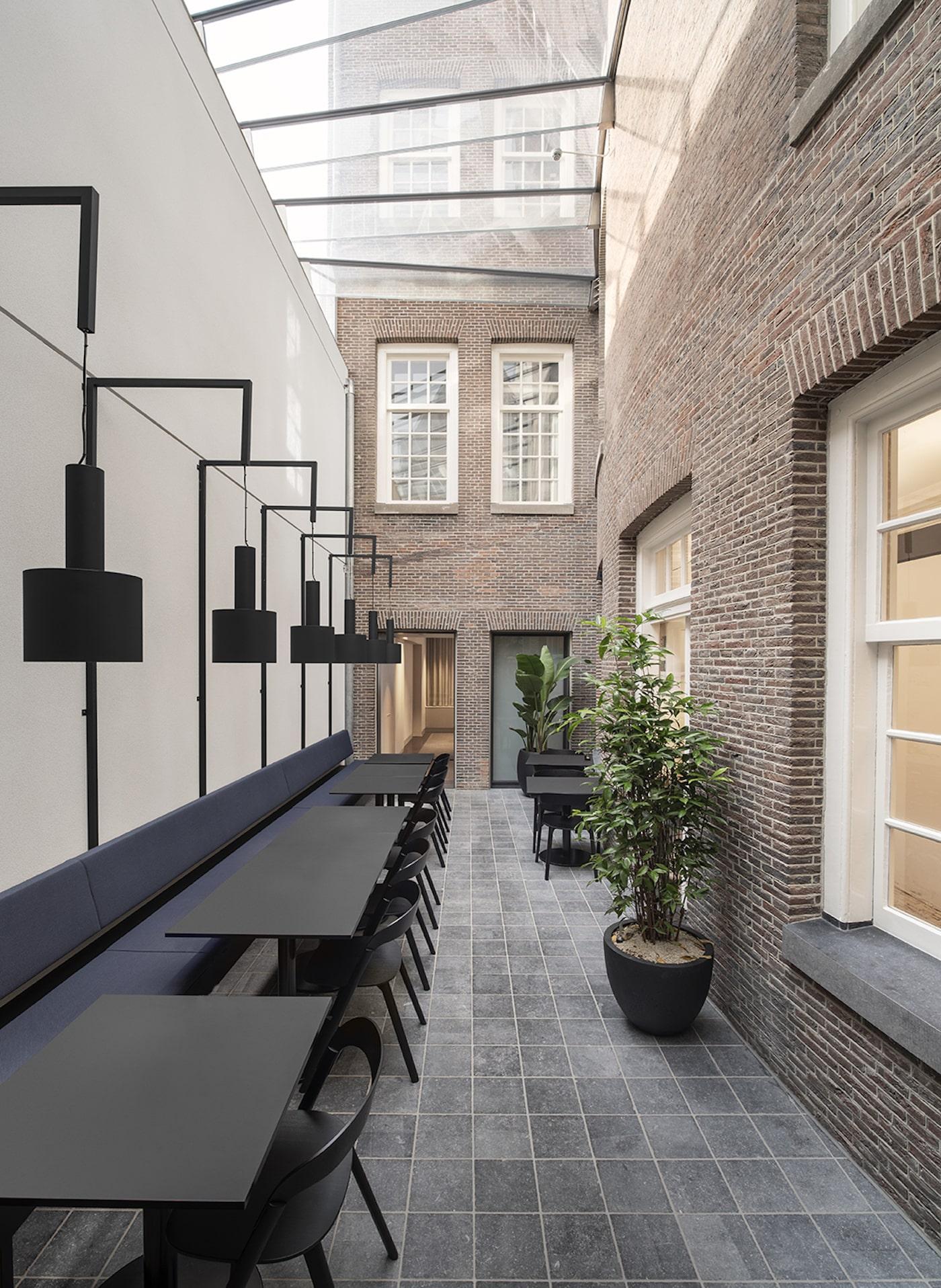 Felix Meritis courtyard with glass roof