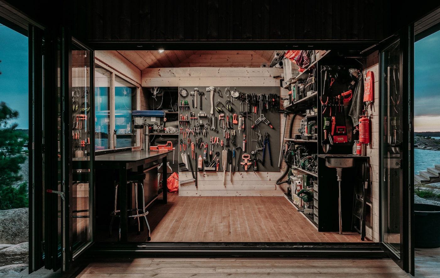 Workshop in off-grid island cabin