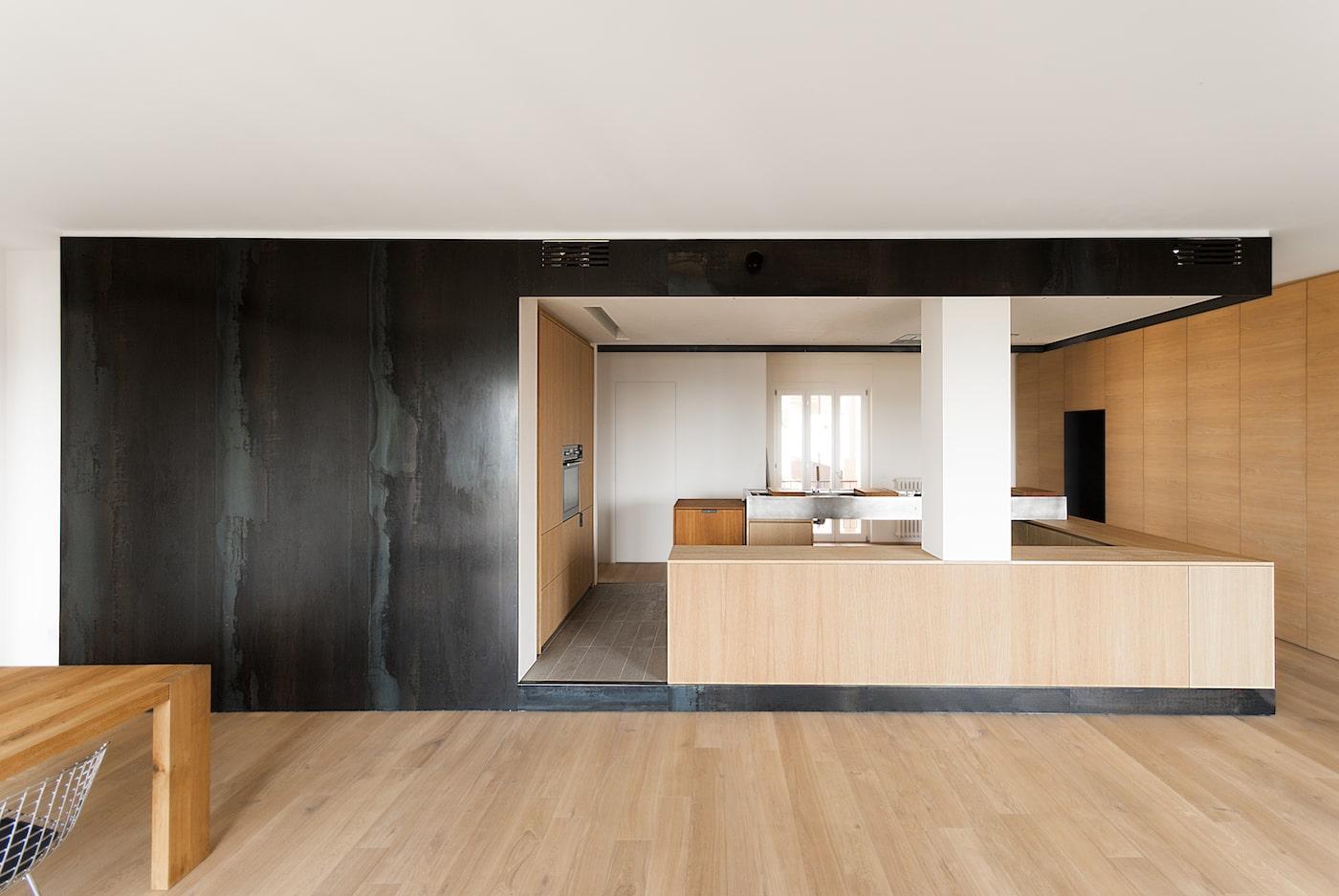 LCA Wood & Iron apartment