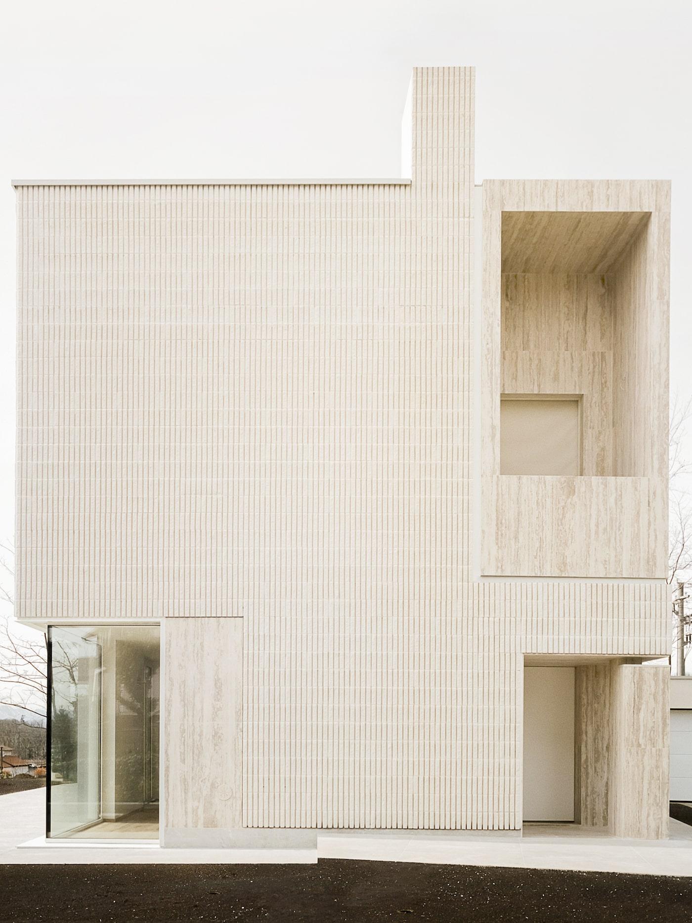 Figini apartments with timber facade